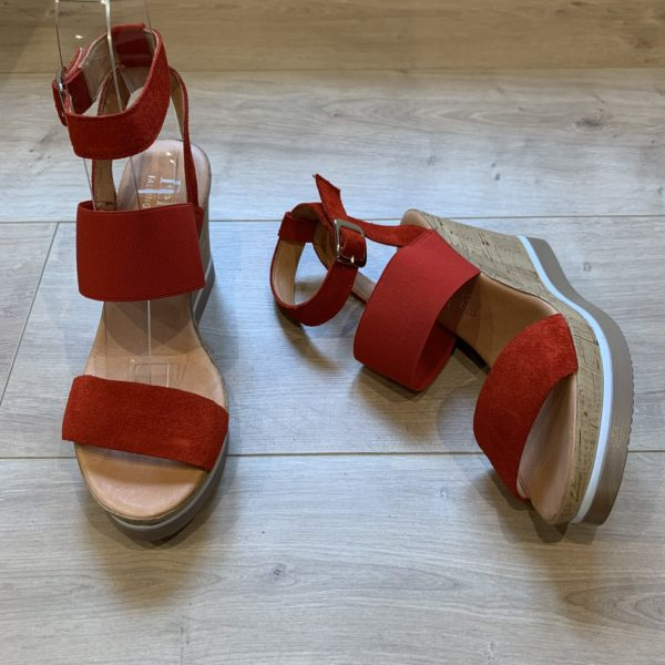 chaussures sandale compensé rouge Felmini