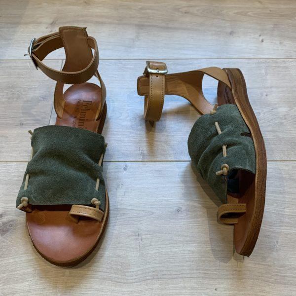 chaussures sandale en cuir kaki
