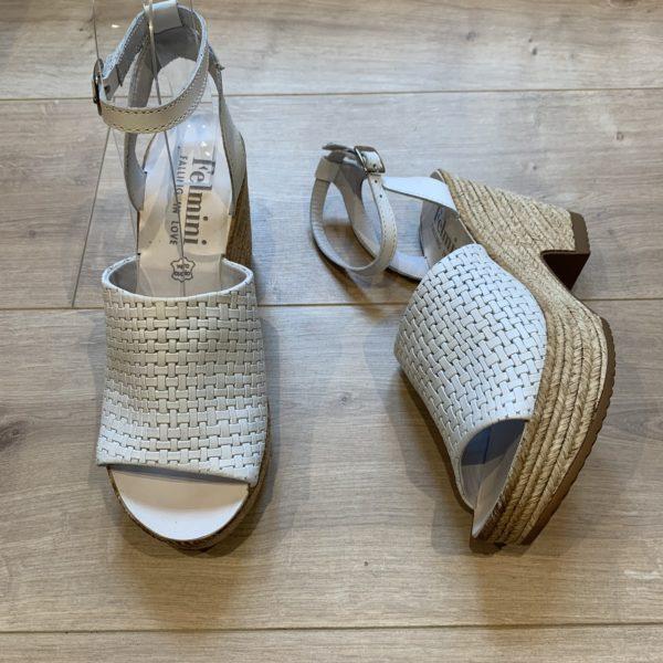 chaussures sandale compensé blanche Felmini