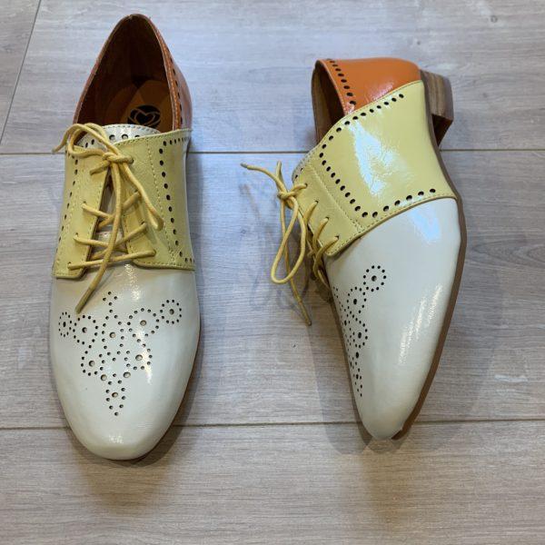 chaussures derbies jaune orange écru