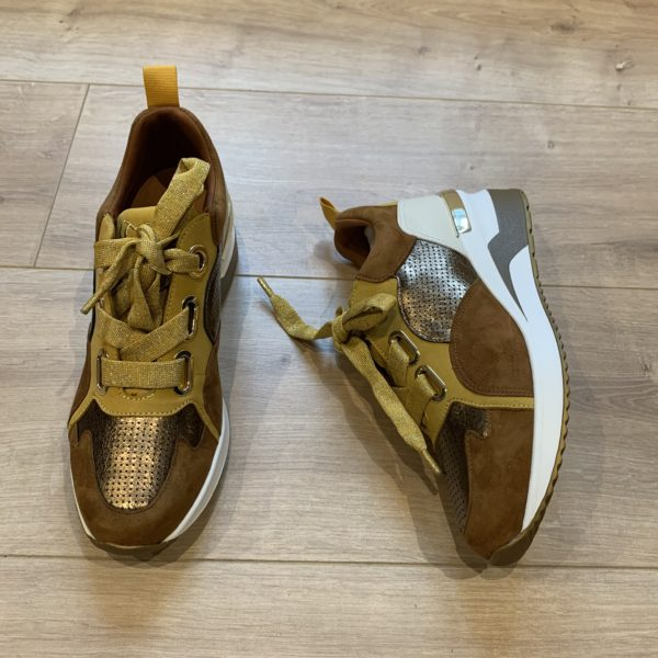 chaussures basket plateforme jaune et etain