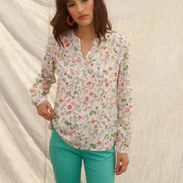 chemise blanche à motifs fleuris